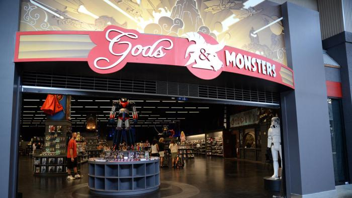 os-pictures-gods-monsters-opening-at-artegon-2-022