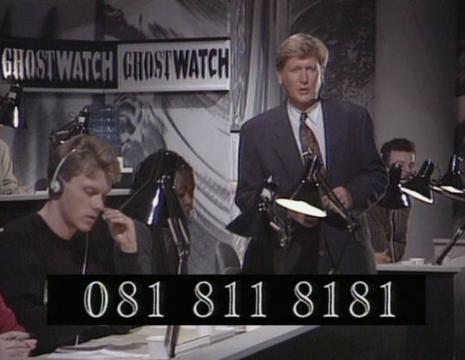 ghostwatch-1992-002-presenter-open-line