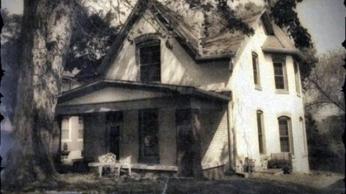 1e6c199349ebf7b4c4bf5bb8a4cc2436--spooky-places-haunted-places